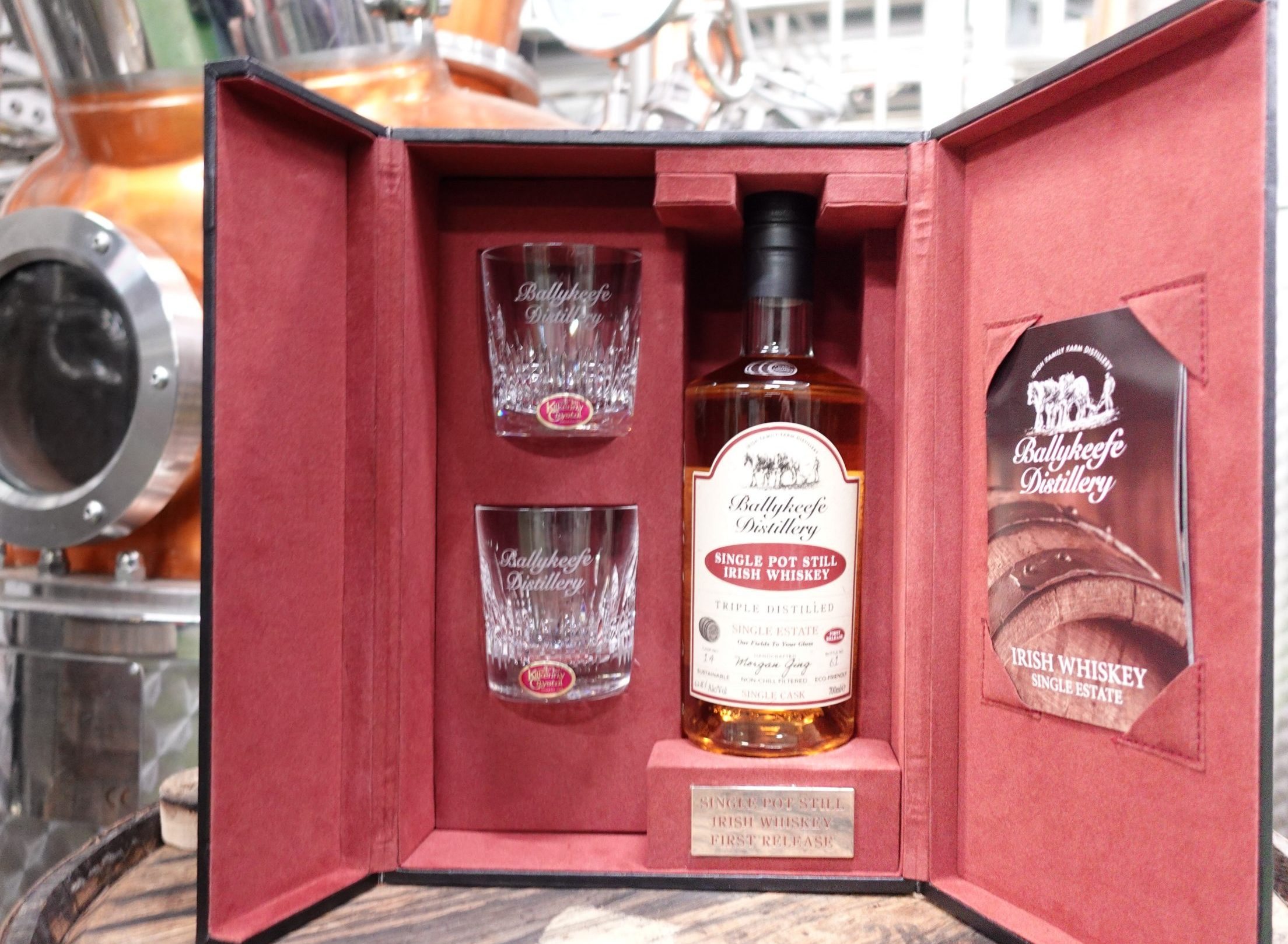 Ballykeefe Single Estate Cask Strength Single Pot Still Irish Whiskey Blogger Stuart McNamara Kilkenny Crystal