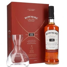 Bowmore 15 Year Old / Decanter Gift Set Islay Whisky