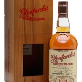 Glenfarclas 1974 / Family Casks S15 / #4076 Speyside Whisky
