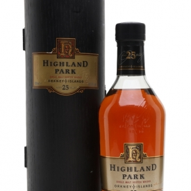 Highland Park 25 Year Old / Bot.1990s Island Single Malt Scotch Whisky